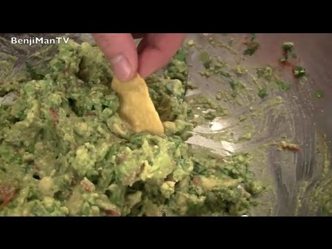 Best Guacamole (Healthy Snack & Easy Recipe)- BenjiManTV
